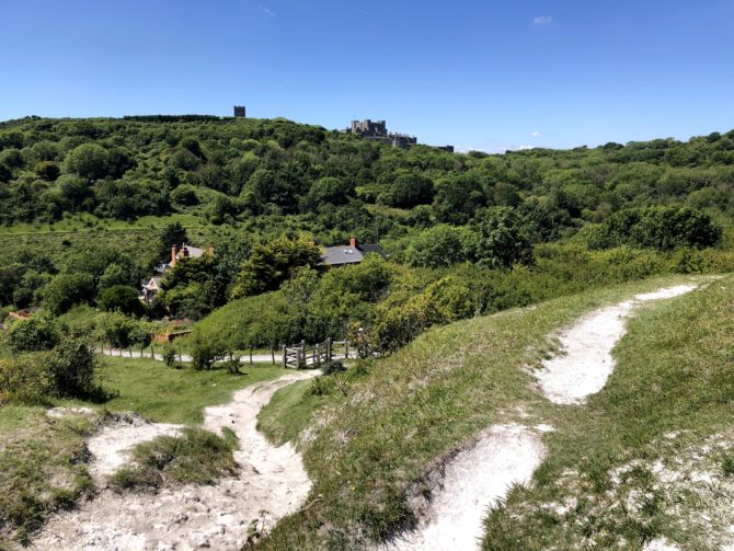 Approaching the (poorly signposted) Dover Castle
